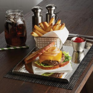 assiette-inox-pour-burger-American-metalcraft-burger-stainless-plate