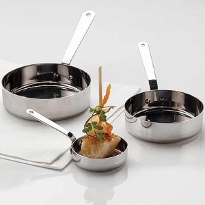 stainless-pots-and-pans-AM